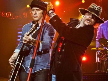 Axl and Izzy 2012