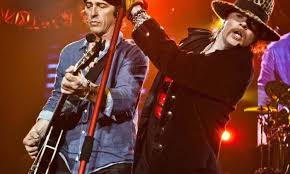 Axl Rose and Izzy